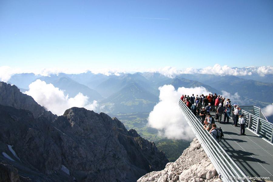 Alpine Wanderung Zum Dachsteingletscher Und Guttenberghaus